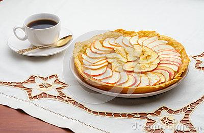 tarte-d-apple-et-tasse-de-café-d-35098412